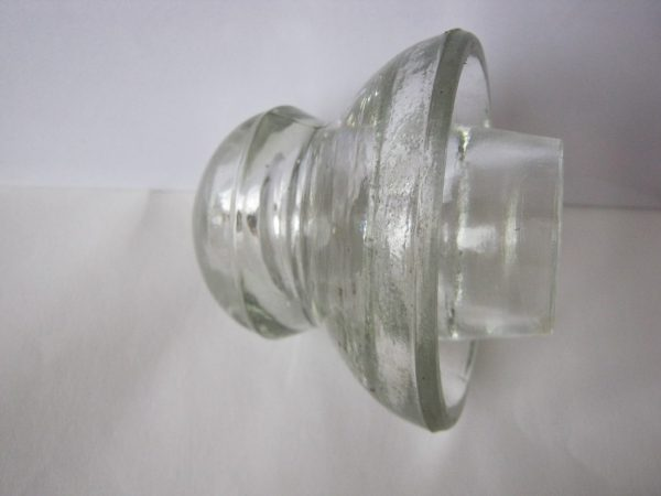 Style of insulator: Jellyfish